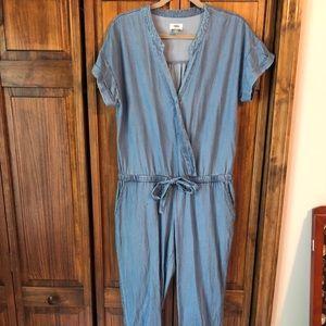 Old Navy Blue Jean Short Sleeve V-Neck Jumpsuit